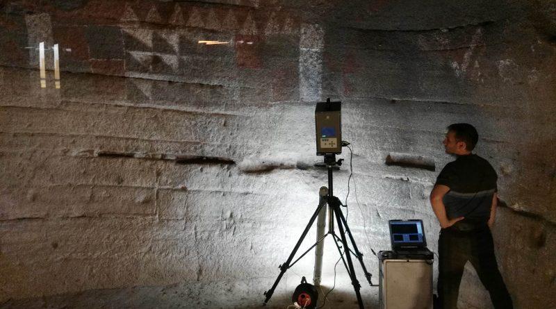 Cueva Pintada organiza una visita para exponer al público los trabajos de estudio espacial y análisis de imagen en el enclave