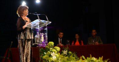 Mari Carmen Mendoza ofrece un pregón con miradas diversas