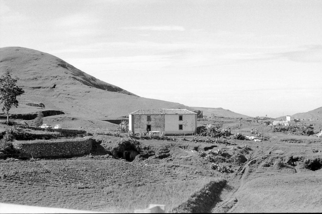 Foto de Paco Rivero de la escuela rural de Verdejo